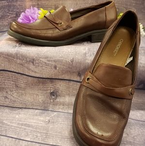 Cherokee brand brown leather upper Loafers…